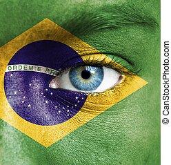 rosto humano, pintado, com, bandeira, de, brasil