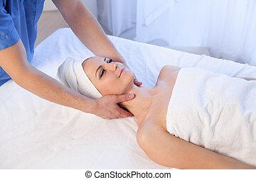 rosto, mulher, pescoço, massagem, tratamentos