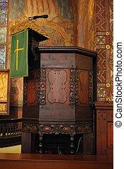 Rostrum of priest