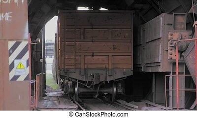 Rotary car dumper unloading coal (FullHD)