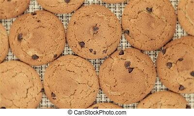 Rotating cookies on napkin, video