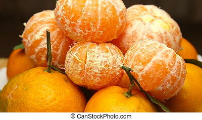 Rotating Tangerines with leaves - Rotating frash Tangerines...
