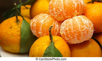 Rotating Tangerines with leaves - Rotating frash Tangerines...