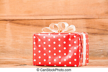 rotes , geschenkschachtel