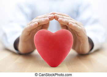 rotes herz, bedeckt, per, hands., krankenversicherung, oder, liebe, begriff