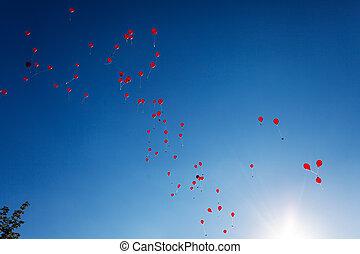 rotes , luftballone, auf, a, blauer himmel