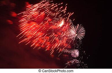 rotes , und, lila, feuerwerk, in, der, himmelsgewölbe