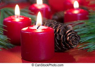 rotes , weihnachtskerzen