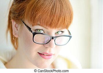 rothaarige, m�dchen, mit, brille