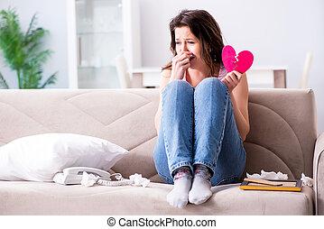roto, mujer, corazón, en, relación, concepto