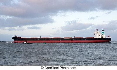 ore bulk carrier