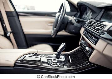 roue, gros plan, engrenage, transmission, moderne, contre, voiture, beige, noir, tableau bord, fond, intérieur, détails, automatique, direction, crosse