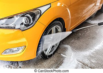 roue, tuyau, jet, voiture, détail, jaune, eau, pulvérisation, nettoyage, devant, pendant, carwash., pneu