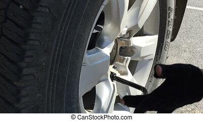 roue, voiture, visser, dévisser, clé, mécanicien, changer, ou