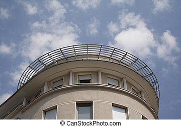 Round corner of building