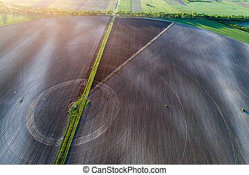 Round field with center irrigation system