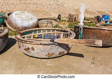 round fishing boat bay Vietnam