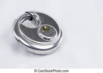 Round Lock 2