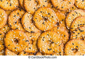 Round salty pretzels