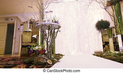 Round trip Wedding ceremony - Festively decorated hall for...