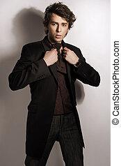 roupas, elegante, homem, posar, na moda