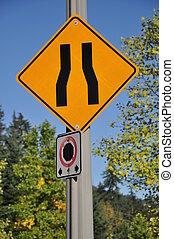route étroite, signe