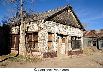 Route 66 house - an old abandonded house in Peach Springs,AZ...