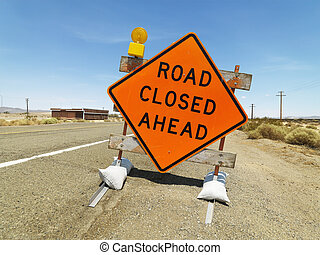 route a fermé, devant, signe.