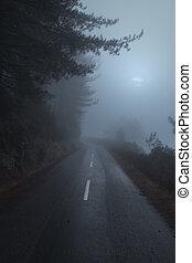 route montagne, nuit, brumeux