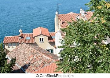 Rovinj - old houses in the port town of Rovinj in Croatia