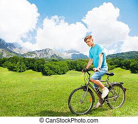 rower, młody mężczyzna
