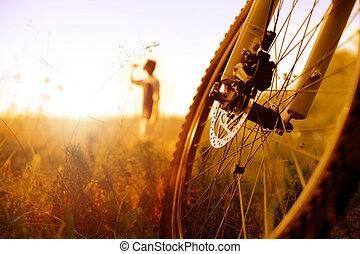 rowerzysta, odprężając