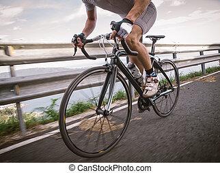 rowerzysta, rower, pedałowanie, szczegół, droga
