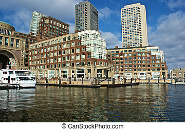 rowes wharf building - view of boston harbor and rowes wharf...