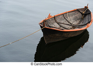 Rowing boat - Lone rowing boat