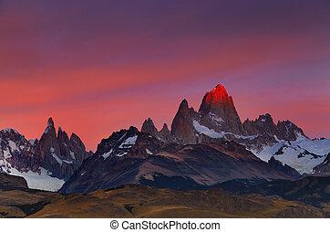 roy, monte, salida del sol, fitz, argentina, patagonia