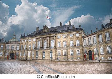 royal, copenhague, palais amalienborg