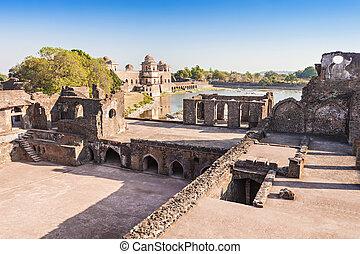 Royal Enclave, Mandu - Royal Enclave in Mandu, Madhya...