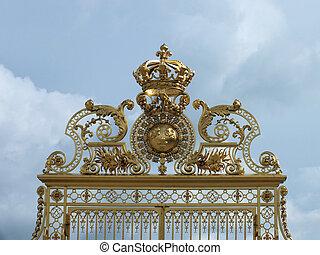 Royal Gates at the entrance to the Palace of Versailles