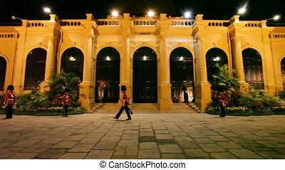 Royal Guards - Bangkok Grand Palace - Royal Guards in...