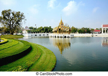 Royal palace (public location of th