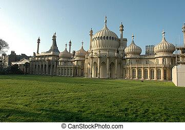 The Royal Pavillion palace bBrighton, England