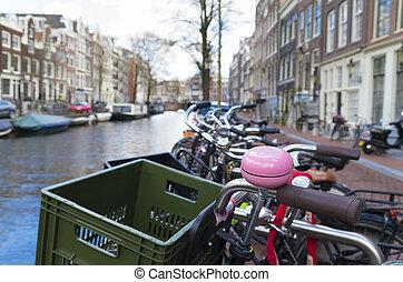 roze, fiets, klok