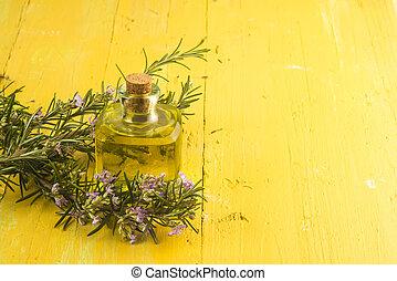 rozemarijn, essentiële olie