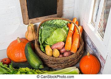 rozmaitość, stół, otrzyjcie skórę zieleninę, drewniany