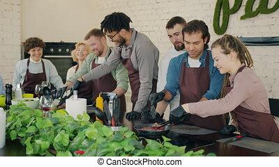 rozmaity, radosny, ludzie, mistrz kucharski, kierownictwo, ...