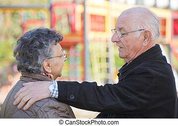 rozmowa, para, starszy, głęboki
