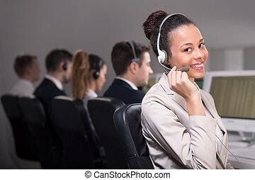 rozmowa telefoniczna, przedstawiciel, środek