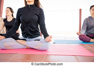 rozmyślanie, yoga klasa, złagodzenie