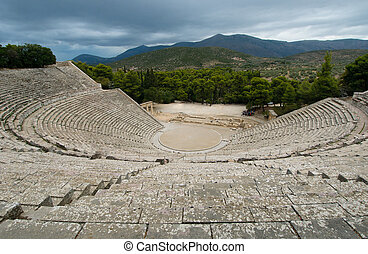 ruïnes, van, epidaurus, theater, peloponnese, griekenland
